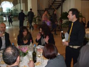 """L'infiltrato """" cameriere"""" e """" galizzello"""" Pinot ..."""