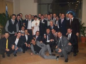 La squadra ( e non solo...) unita e compatta, attorno a Massimo ed Erica